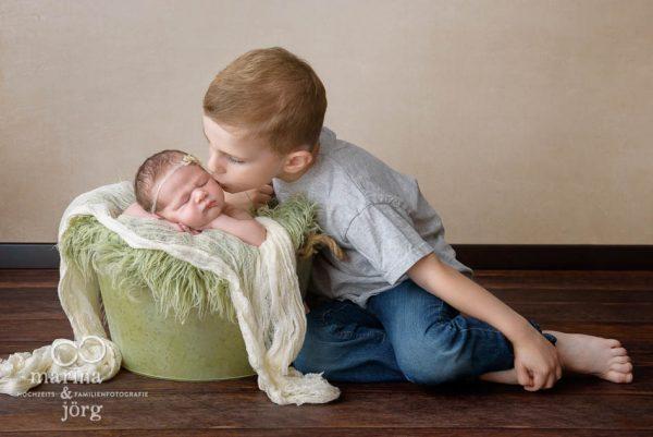 Babyfotograf Gießen - Babygalerie: Baby-Fotoshooting entspannt und bequem zu Hause