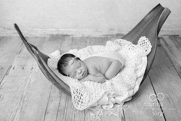 Babygalerie Marburg: Neugeborenes bei einem Baby Fotoshooting
