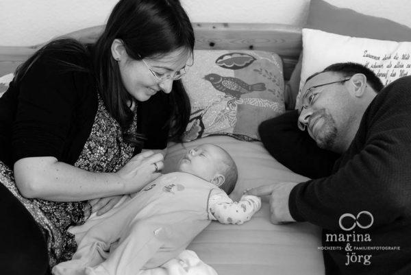 Babyfotograf Butzbach - ungestellte Neugeborenenfotos und Babyfotos - natürlich, echt, besonders