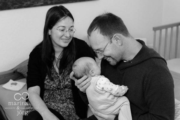natürliche Babyfotos im Reportagestil von den Babyfotografen, Marina und Jörg aus Gießen