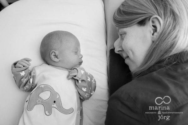 Babyfotograf Gießen - ungestellte Babyfotos - natürlich, echt, besonders