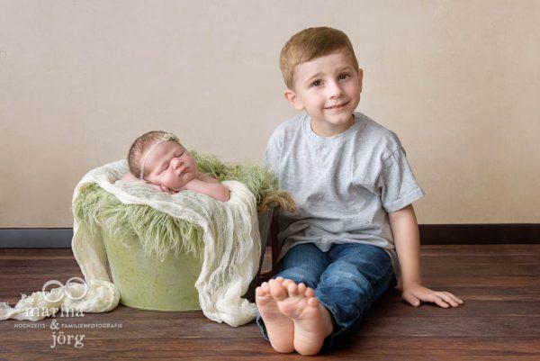 Babyfotograf Idstein - professionelles Baby-Fotoshooting entspannt zu Hause