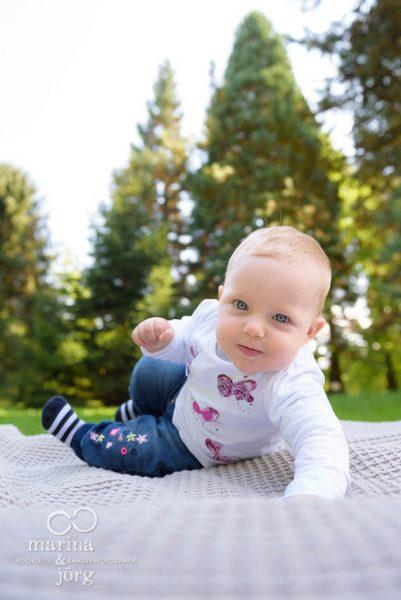Marina & Jörg, Familienfotografen aus Gießen - Baby-Fotoshooting im Botanischen Garten Marburg