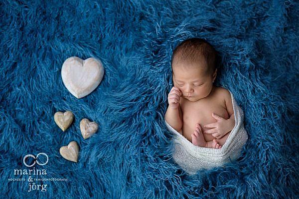 Babyfotograf Marburg: Neugeborenenfotos ganz entspannt zu Hause machen lassen - Babygalerie Marburg