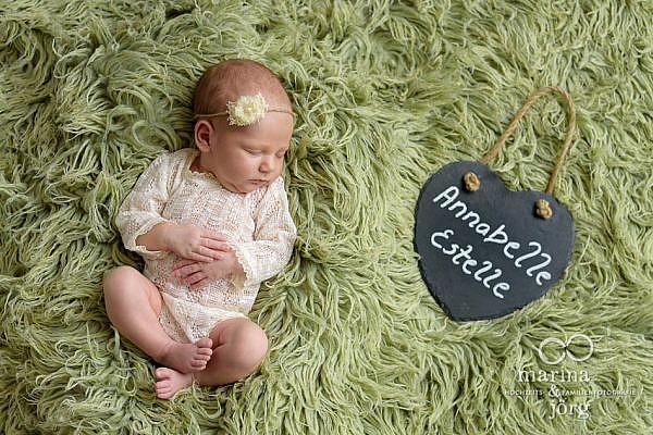 Babyfotograf Marburg: Professionelles Neugeborenen-Fotoshooting ganz bequem zu Hause machen lassen