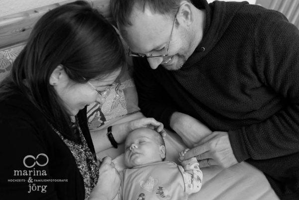 Babyfotograf Marburg - ungestellte Neugeborenenfotos und Babyfotos - natürlich, echt, besonders