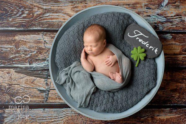 Babyfotografen Gießen - Neugeborenen-Fotoshooting ganz bequem zu Hause