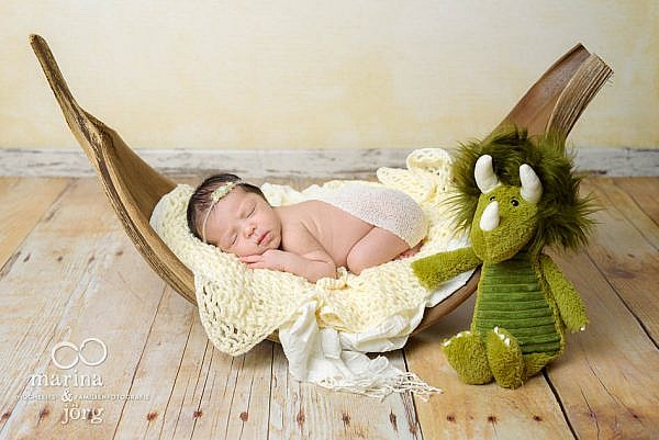 Neugeborenenfoto - Babyfotografen MArburg