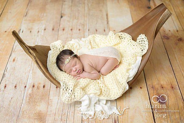 Marina & Jörg, Babyfotografen aus Gießen - moderne Neugeborenenfotos