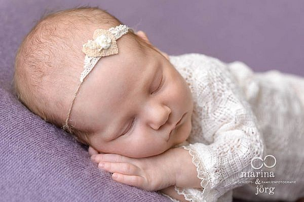 professionelle Babyfotos in Ebsdorfergrund - Babygalerie - Babyfotografen Marburg