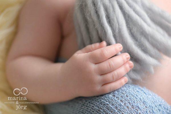 Fotograf Gießen - Neugeborene perfekt in Szene gesetzt