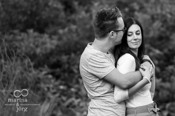 Paar-Fotoshooting mit den Hochzeits-Fotografen Marina und Jörg aus Marburg - Hochzeitslocation Dammühle bei Marburg