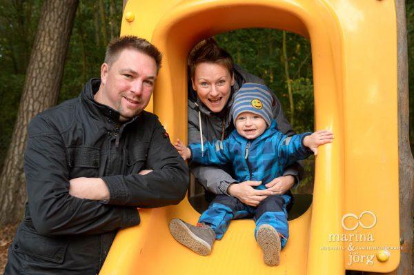 Familienfotograf Gießen - professionelle Familienfotos draußen machen lassen