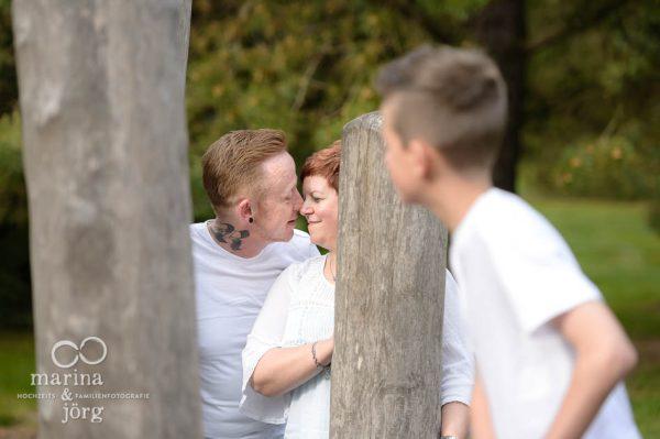 Marina und Joerg, Fotografen Giessen: Familien-Fotoshooting im Botanischen Garten Marburg