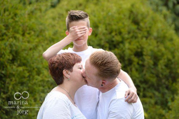 Marina und Joerg, Familienfotografen Giessen: Outdoor-Familien-Fotoshooting