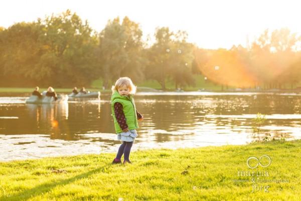 Familienfotograf Gießen: Homestory / Familienreportage bei Köln - natürliches Kinderfoto
