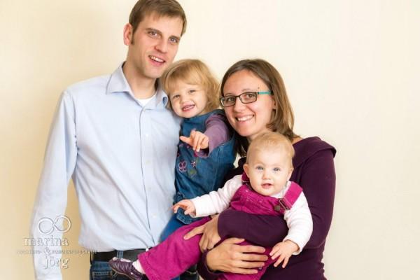 Familienfotograf Gießen: Homestory / Familienreportage bei Köln - Familienfoto