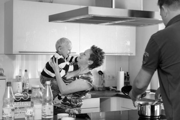 Familienfotograf Marburg: authentische Familienfotos - Homestory