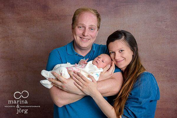 Baby Fotoshooting mit den Familienfotografen Gießen - Familienfoto