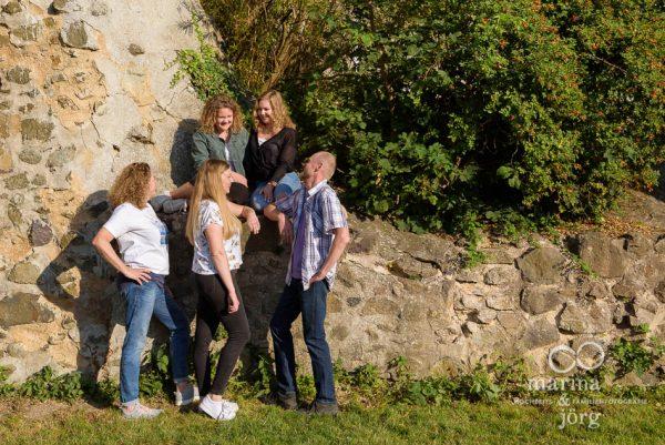 Familien-Fotoshooting bei Wetzlar - natürliche Familienfotos