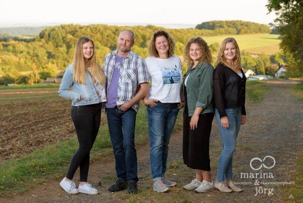 Marina & Jörg, Familienfotografen für Hohenahr: professionelle Familienfotos bequem und entspannt zu Hause