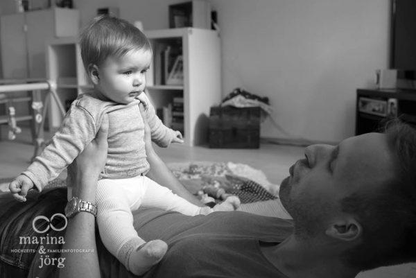 Marina und Joerg, Familienfotografen Giessen: ungestellte Familienfotos entstanden bei einer Familienreportage