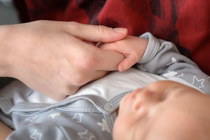Familienreportage mit einem neugeborenen Baby - Marina & Jörg, Fotografen für Gießen