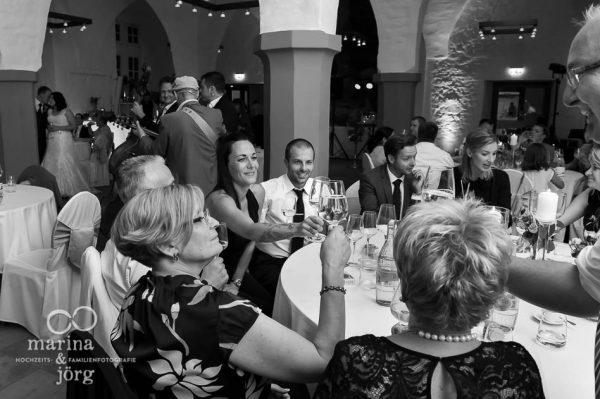 fröhliche Athmosphäre bei der Hochzeitsparty - Hochzeitsreportage in Butzbach
