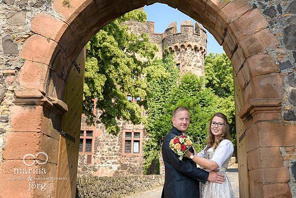 Hochzeits-Fotograf Gießen: Paar-Fotoshooting bei einer Hochzeit auf Burg Staufenberg