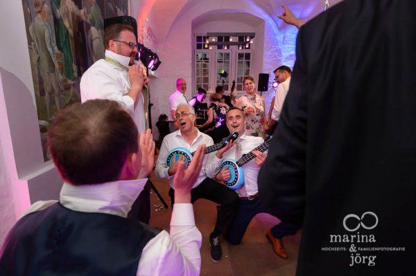 Hochzeitsfotograf Butzbach: Fotos vom Tanzen bei der Hochzeitsparty