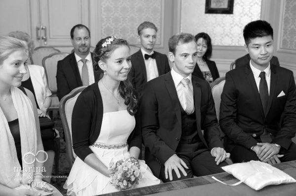 Marina und Joerg, Hochzeitsfotografen Giessen: im Standesamt