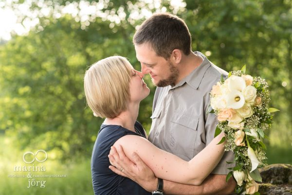 Marina und Joerg, Hochzeits-Fotografen Giessen: romantische Paarfotos zum Hochzeitstag