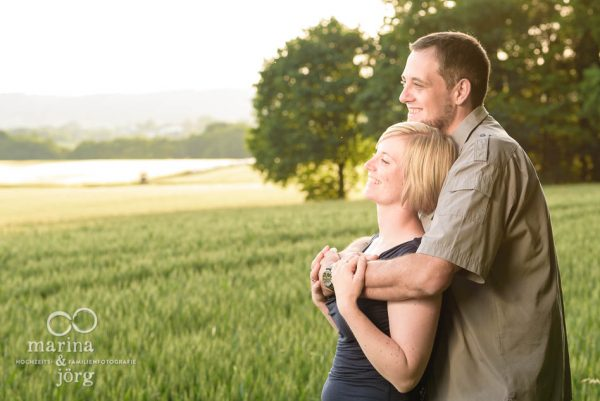 Marina und Joerg, Hochzeits-Fotografen Giessen: modernes Paarportrait