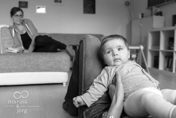 Marina und Joerg, Familienfotografen Marburg: ungestellte Familienfotos entstanden bei einer Familienreportage