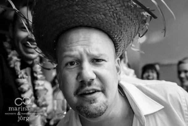 Hochzeitsfotograf giessen: die witzigsten Hochzeitsbilder bei der Hochzeitsparty