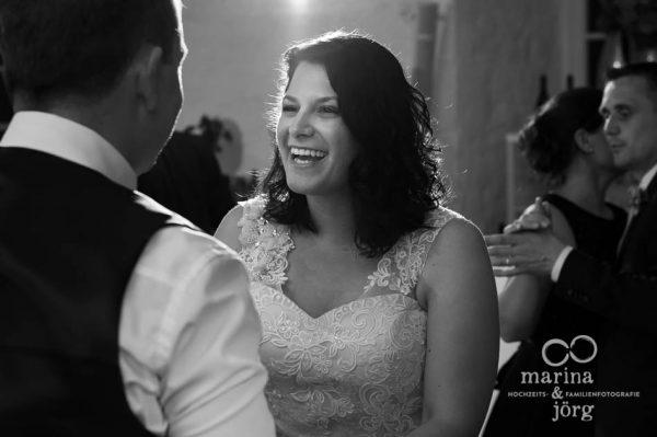 Wir lieben all die Emotionen beim Hochzeitstanz - Hochzeit in Butzbach (Schloss Butzbach)
