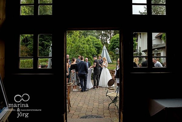 Hochzeitsfotograf Laubach: Hochzeitsfeier in der Eventscheune Blauer Löwe (Landhotel Waldhaus) in Laubach