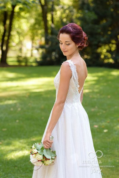 Hochzeit auf Schloss Buseck bei Gießen: Braut