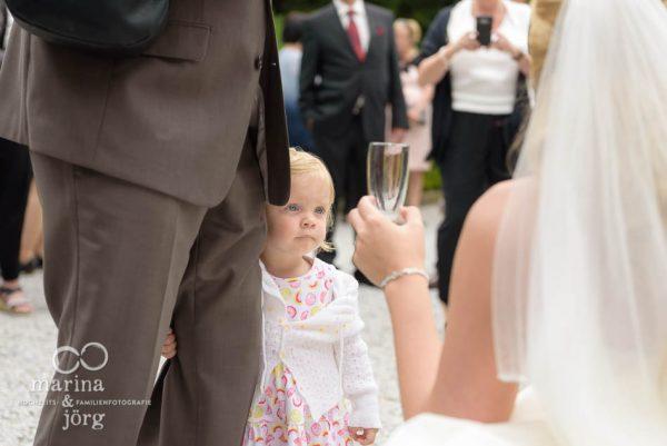 kleines Kind bei einer Hochzeit in Marburg
