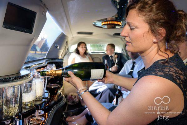 Fotograf für eure Traumhochzeit in Gießen: in der Stretch-Limo bei einer Hochzeit in Butzbach