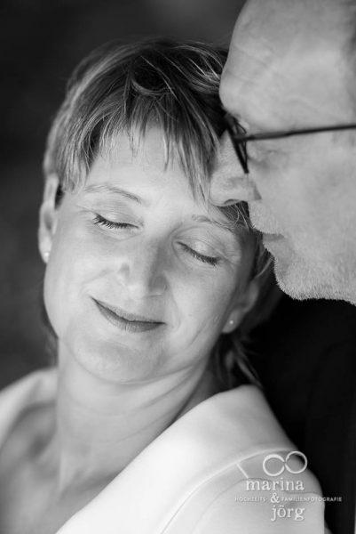 romantisches Paarshooting bei einer Hochzeit in Gladenbach