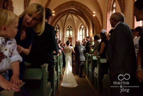 Marina und Joerg, Hochzeitsfotografen Marburg: Hochzeit in der Marien-Kirche Wehrshausen bei Marburg