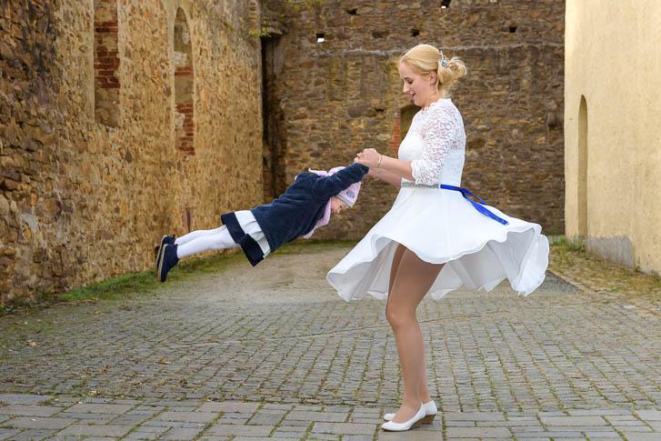 Hochzeits-Fotograf Wetzlar: auch die kleinen Gäste kommen bei einer Hochzeitsreportage nicht zu kurz