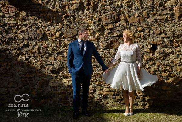 Hochzeit im Standesamt Burg Rockenberg bei Gießen: Paar-Fotoshooting