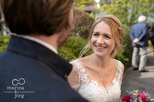 Hochzeit bei Gießen: natürliche Hochzeitsfotos im Reportagestil