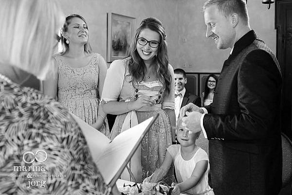 Hochzeitsreportage auf Burg Staufenberg (Malerstübchen) - Hochzeitsfotografen Marina und Jörg aus Gießen