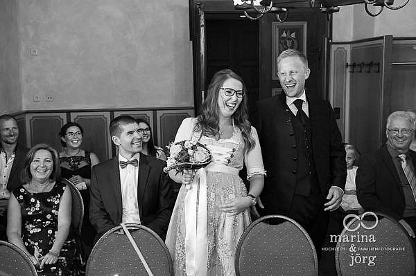 Mit einer Hochzeitsreportage lassen sich all die herzlichen Momente einer Hochzeit für immer festhalten - Hochzeitsfotograf Gießen