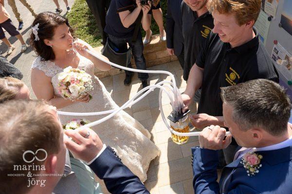 Mit einer Hochzeitsreportage lassen sich all die großen und kleinen Ereignisse einer Hochzeit für immer festhalten - Hochzeitsfotograf Gießen