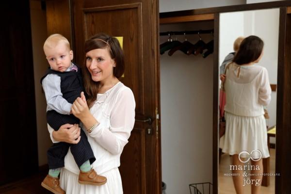 Hochzeit in Marburg: Warten im Standesamt