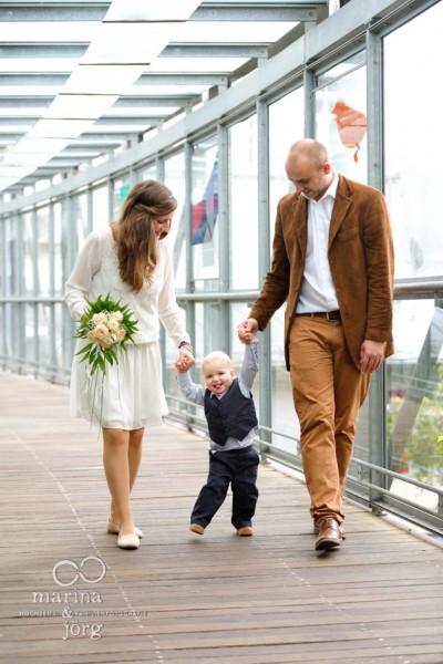 Hochzeitsfotos in Marburg: Heiraten mit Kind – Familienglück pur